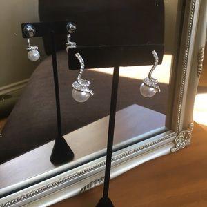 Dangling diamond rhinestone and pearl earrings